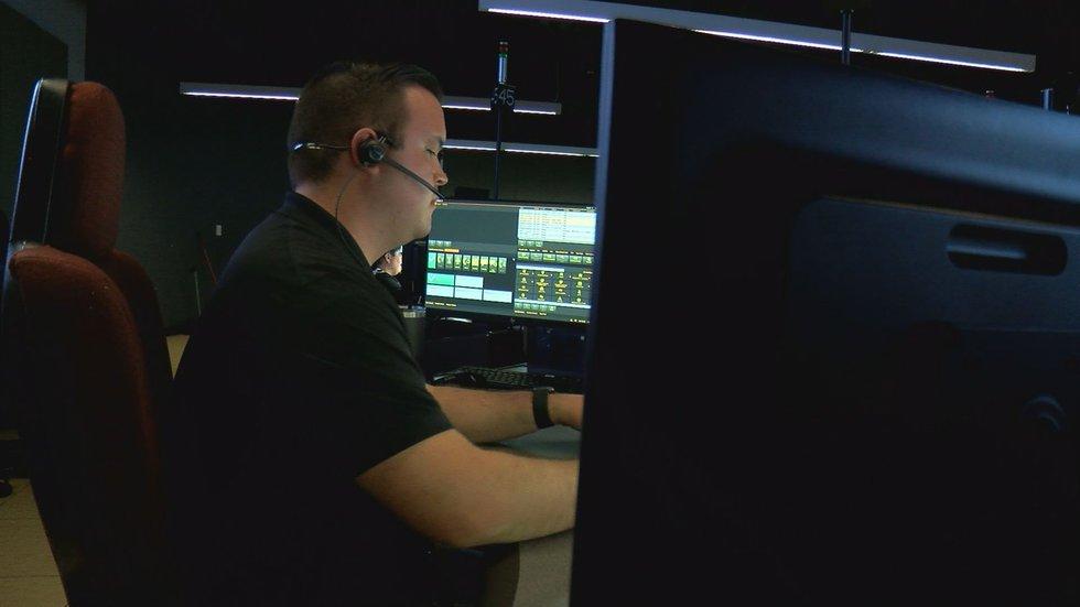 Louisville's 911 call center short dozens of employees (KY)